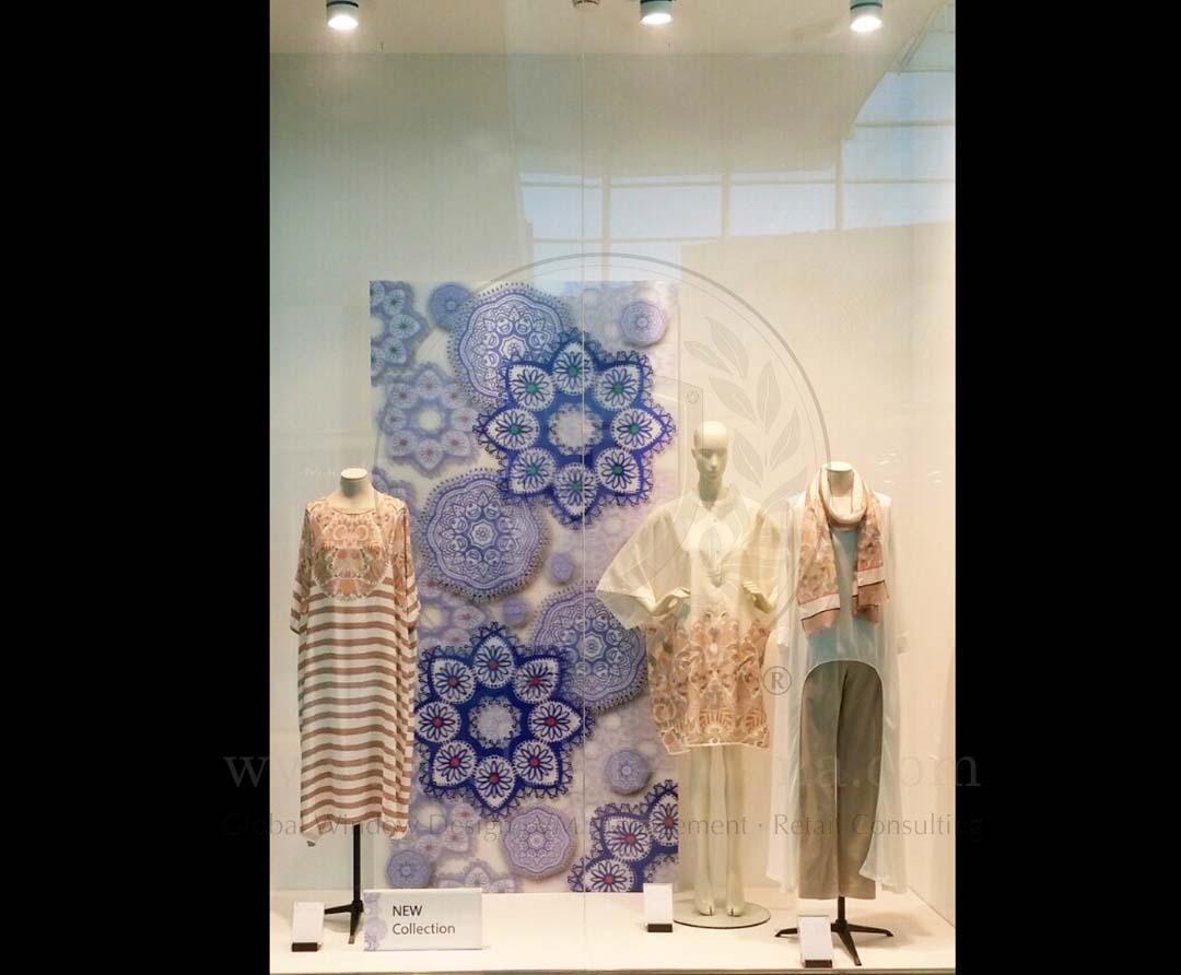 Window Display_SS_Woman